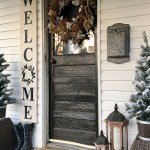 79 Beautiful Farmhouse Front Porches Decorating Ideas-3958