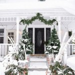 79 Beautiful Farmhouse Front Porches Decorating Ideas-3980