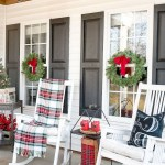79 Beautiful Farmhouse Front Porches Decorating Ideas-3983