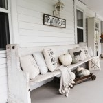 79 Beautiful Farmhouse Front Porches Decorating Ideas-4018