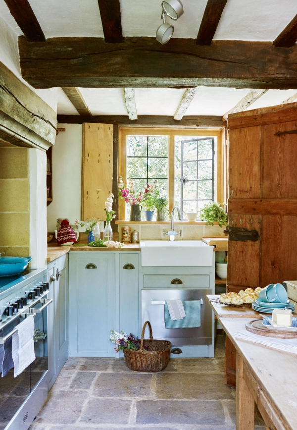 90 Rural Kitchen Ideas for Small Kitchens Look Luxurious 6185