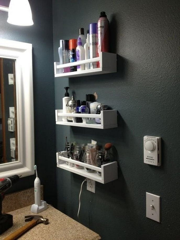 49 Small Bathroom Storage Decoation Ideas Here's How To Get All The Space You Need 30
