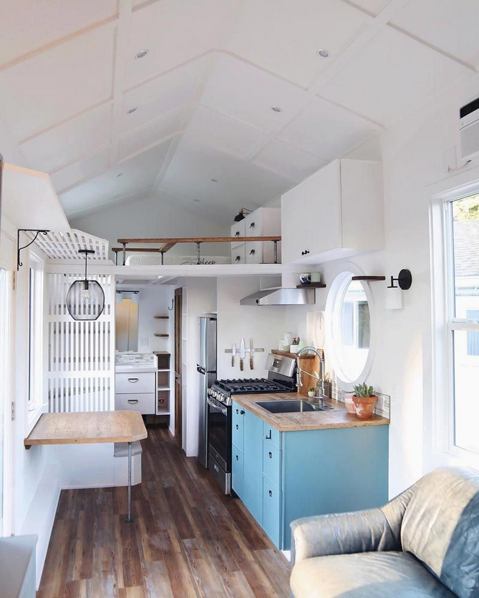 97 Cozy Tiny House Interior Are You Planning For Enough Storage 45