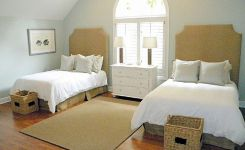 85 Master Bedroom Decoration Models With Two Beds Feel Comfortable In Use 8