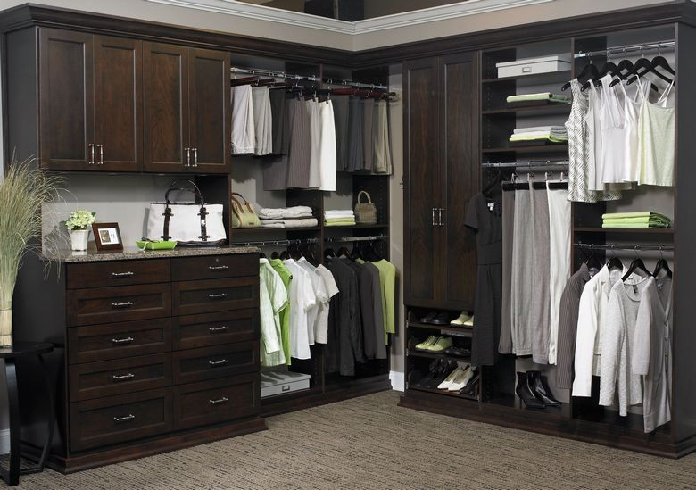 90 Modern Master Closet Models That Inspire Your Home Decor 27