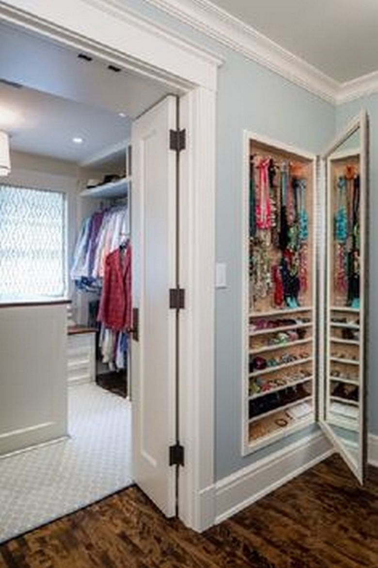 90 Modern Master Closet Models That Inspire Your Home Decor 32