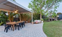 7 Tips Simple For Choosing The Perfect Outdoor Kitchen Grills 70