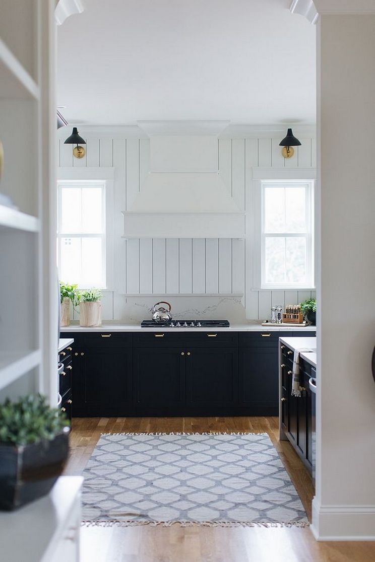 Beautifull Totally Modern Black And White Kitchen 45