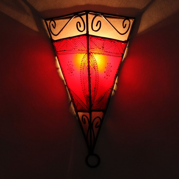 Breathtakingly Beautiful Moroccan Henna Lamps 23