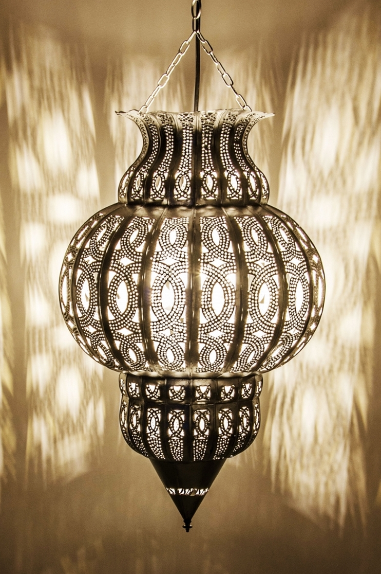 Breathtakingly Beautiful Moroccan Henna Lamps 67