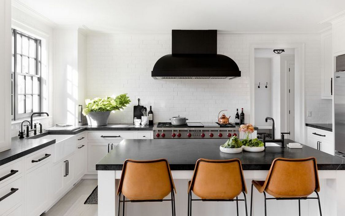 Tips For Creating Beautiful Black Or White Retro Themed Kitchens 31