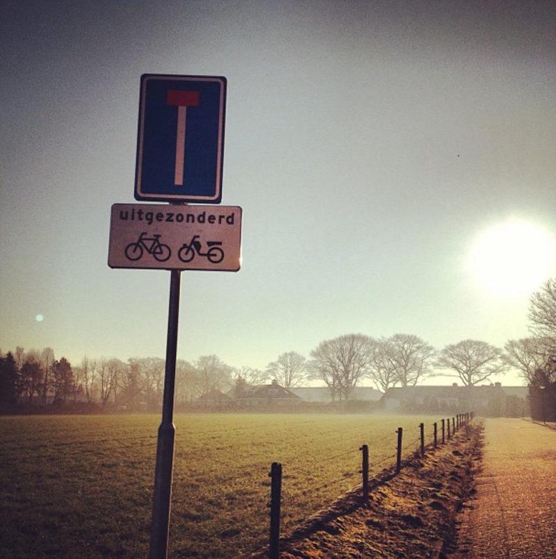 De keuze om iets niet te doen: niet naar het werk fietsen, dus.