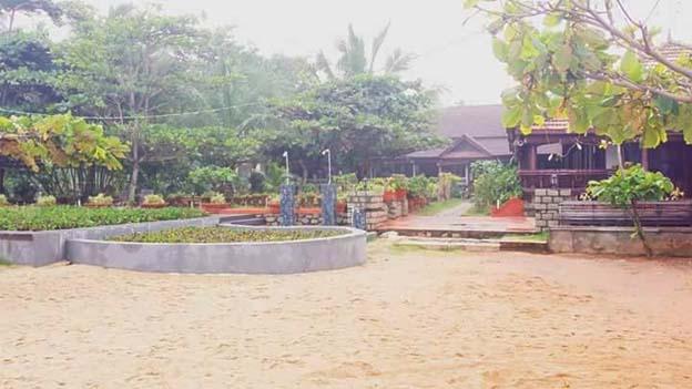 Resort (2).jpg