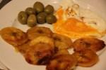 Завтрак по-испански - яичница с жареным зеленым бананом
