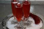 Желе из клубники с шампанским