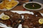В Алентежу жареную свинину едят со шпинатом
