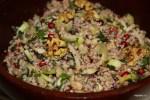 Салат из булгура с сельдереем и грецкими орехами