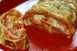 Стромболи или пицца в рулете