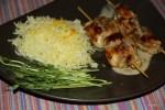 Куриные шашлычки (сатей) с кокосовым соусом и рисом с шафраном