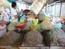 В малайзийской кухне используется великое множество мелкой сушеной рыбки