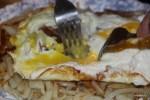 В мадридском ресторане Casa Lucio так доводят блюдо до кондиции