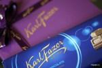 Самый популярный бренд Fazer, молочный шоколад, традиционно продается в обертке цвета национального флага Финляндии