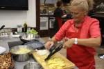 Из этой картошки будет приготовлена испанская тортилья