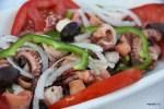 Салат из осьминогов в таверне у Ламвроса, Иреон