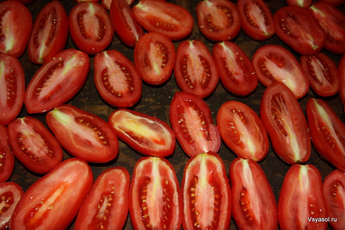 Imagini pentru помидоры на противень