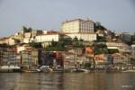 Вид на Порту с реки Дору