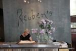 Reuben's, один из лучших ресторанов Франшхука
