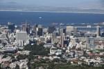 Вид на деловой центр Кейптауна со Столовой горы