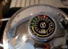 Цифровой термоконтроллер на крышке Zepter выставлен на начало красного поля