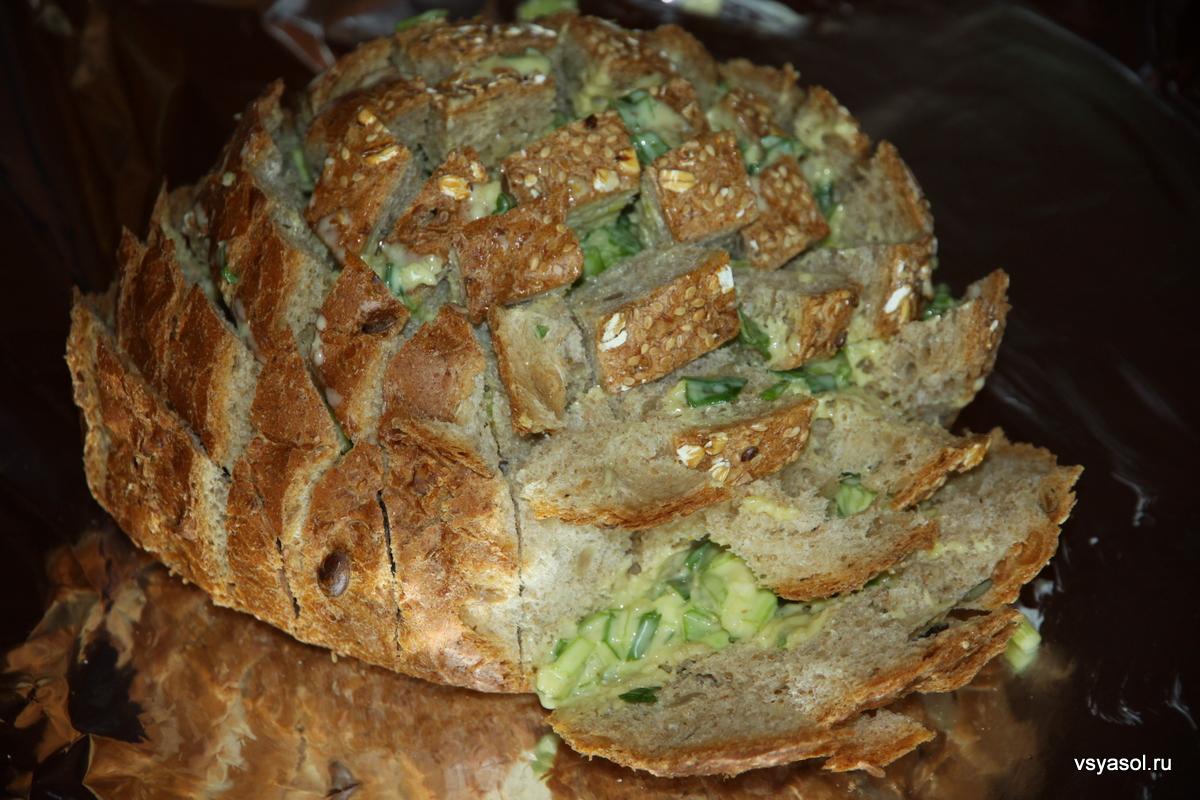 Забавы у мангала: закусочный хлеб с сыром и чипотле