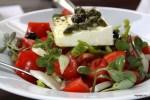 Греческий салат с портулаком