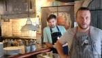 Иван Шишкин (справа) в кафе Юность