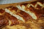 Слоеный пирог с горбушей горячего копчения