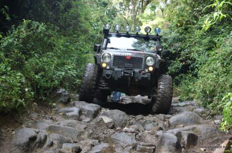 Этот этап спуска с вулкана Бару называют лестницей