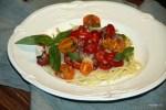 Паста Фредда с томатами и анчоусами