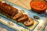 Куриный рулет с вялеными помидорами, моцареллой и беконом