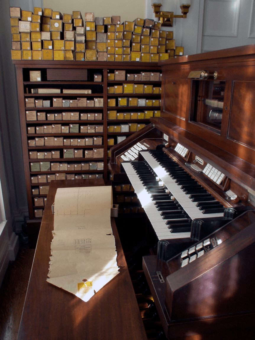 Image of organ and rolls of music at Hildene, The Lincoln Family Home