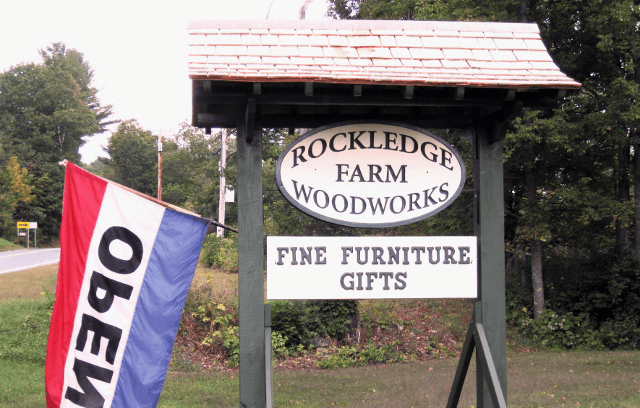 Image of roadsign at Rockledge Farm Woodworks