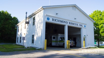 This vinyl sided building was power washed by Vermont Home Wash in Richmond, VT