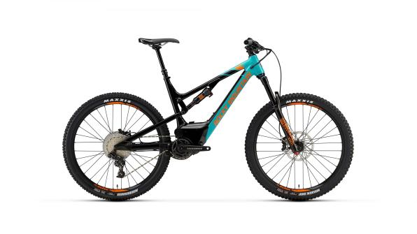 Rocky Mountain Altitude Powerplay Alloy 50 - 4999€, fourche RockShox Yari, transmission Sram GX 11v, freins Sram Guide T.