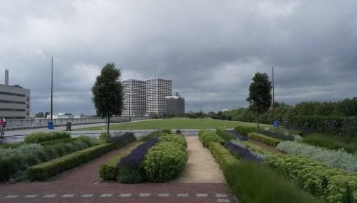 Het Dakpark: indrukwekkend park boven de winkels