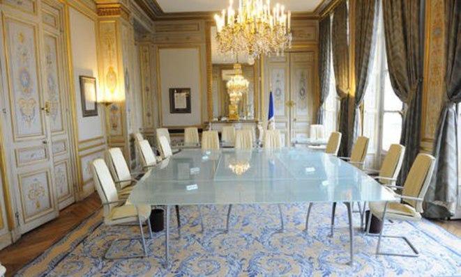 Régis de Castelnau: «LOI ANTICASSEURS CENSURÉE»… COMMENT SE MOQUER DU MONDE!