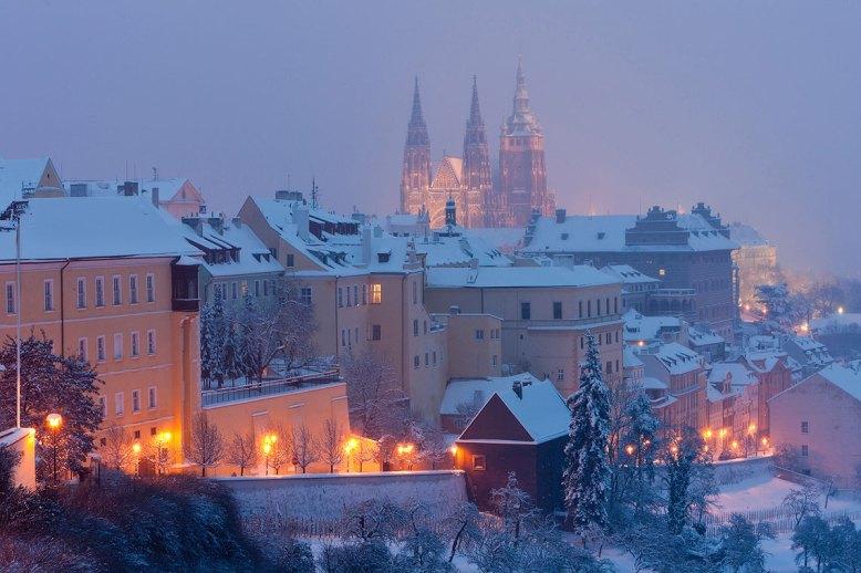 Hradcany en invierno, Praga. magen: ©depositphotos.com/phb.cz