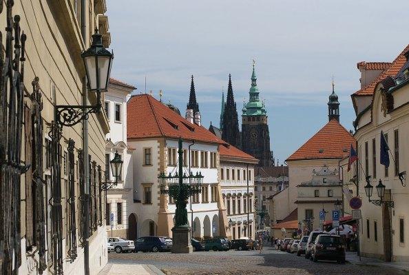 Castillo de Praga, vista desde la calle loretto. Imagen: ©depositphotos.com/Skrolan_Kabi