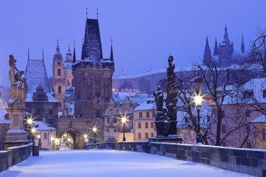 El puente de Carlos IV en invierno. Imagen: ©depositphotos.com/gornostaj