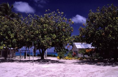 Escuela en Funafuti. Imagen: Imagen: Stefan Lins , CC BY 2.0